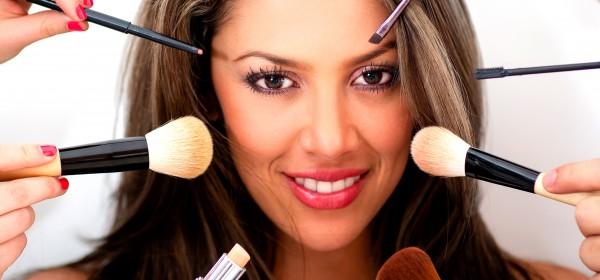 The Basic Beauty Supplies Everyone Needs
